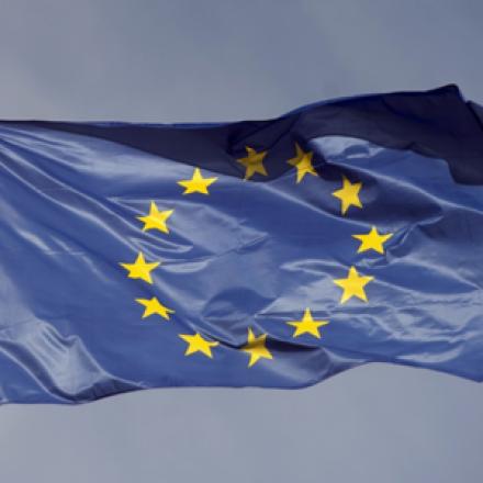 Vytvoření prototypu mobilní aplikace pro myTimi s.r.o. včetně UX a UI je financováno EU
