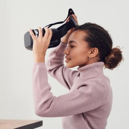 Jak v současnosti zaměstnávat efektivně? Odpovědí je virtuální asistentka!